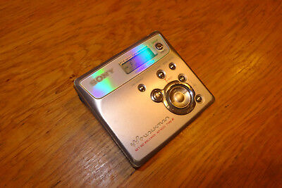 Sony N505 USB Minidisc Player/Recorder  (79) MD  für 1 x AA Batterie