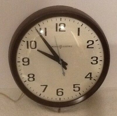 """MCM GE MODEL 2012 BUBBLE FACE General Electric WALL CLOCK 14.5"""" SCHOOL USA"""