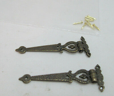Dollhouse Miniatue 1/12th Scale Set of 2 Working Strap Style Hinges - Ant. Gold