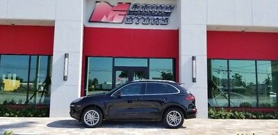 2015 Porsche Cayenne  2015 CAYENNE S  - ONLY 19,000 MILES - 1 FLORIDA OWNER - LOADED WITH OPTIONS