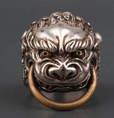China Old Tibetan Silver Handmade Tiger Right Ring Statue Gift Accessories