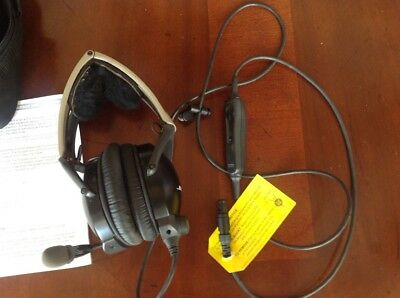 BOSE Aviation X Headset with carry bag