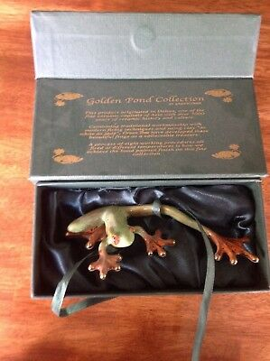 Golden Pond Collection Ceramic Frog Figurine Dark Green Handpainted in Box MINT
