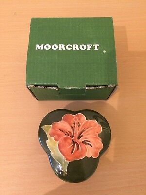Vintage Moorcroft Lidded Trinket Box. Trefoil Shape. Hibiscus. Orig Box, Perfect