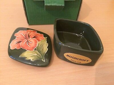 Vintage Moorcroft Trinket Box. Original Packaging. Hibiscus on Green. Perfect.