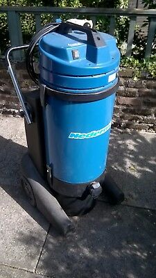 Nederman P300 dust extractor