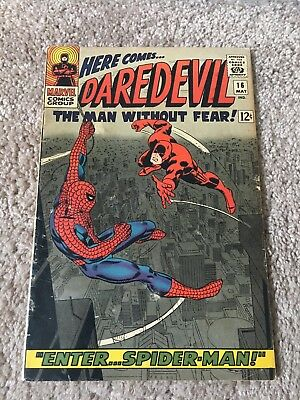 Daredevil #16 Spider-man Awesome Cover Classic NO RESERVE