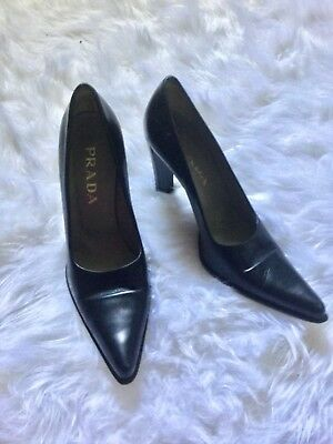 Prada Black Heeled Pointed Toe Pumps size 37