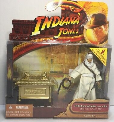Indiana Jones with Ark Raiders of the Lost Ark Hasbro MOC