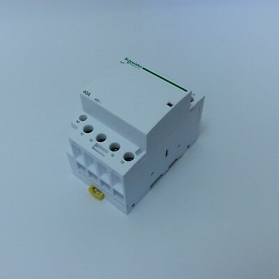 Schneider Contactor 40 Amp 4 Pole Normally Closed 320V Coil 3 Module