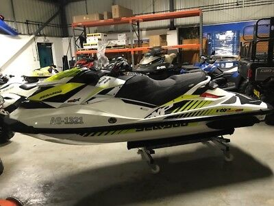 Seadoo Rxpx 300 39 Hours 2016 On Brand New Roller Trailer