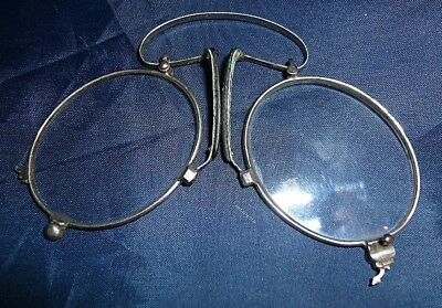 Antique French Pince Nez, mid.19th century. In original case with Opticians name