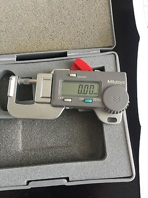 """Mitutoyo 700-118 Digital Thickness Gage 0 to 0.5""""/0 to 12mm Micrometer PK-0505"""
