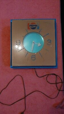 vintage pepsi soda electric clock works 16x16x4in