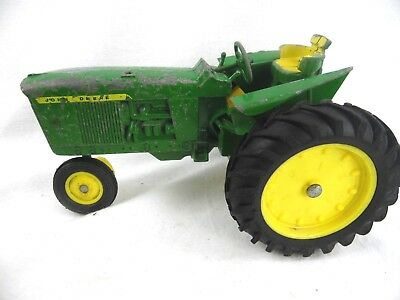 Vintage John Deere Tractor 1/16 Scale Made in USA No Name Maker