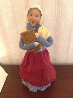 2004 Byers Choice Caroler Dutch Woman With Wooden Cookie Mold