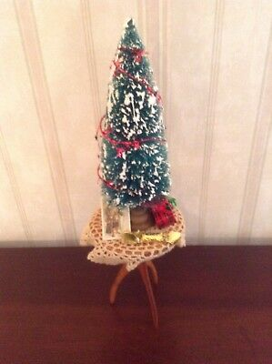Byers Choice Accessory Christmas Tree With Presents on Wooden Table