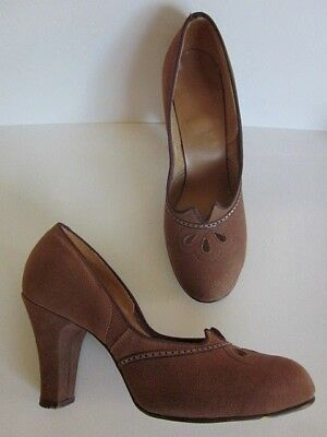 STUNNING! Vintage 1930s - Early 40's Suede High Heels Stellar Condition! Size 7?