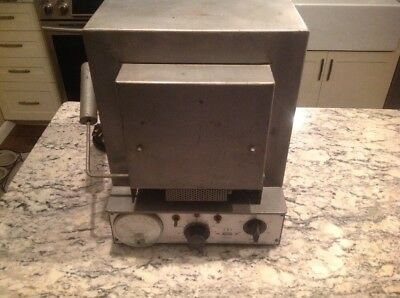 THERMOLYNE MODEL F-6125M FURNACE, Laboratory. Tested. Working. 1425 Watts
