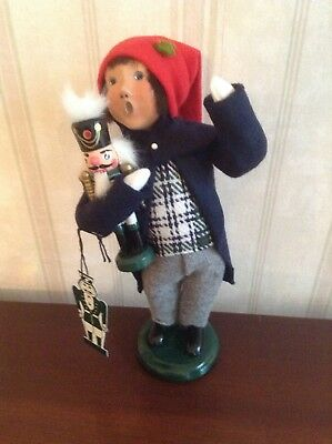 2004 Byers Choice Caroler Boy With Wooden Nutcracker With Tag
