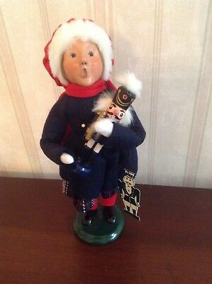 2004 Byers Choice Caroler Girl With Wooden Nutcracker With Tag