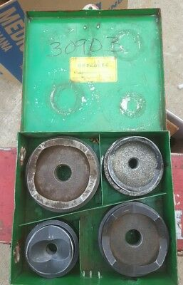 """Greenlee conduit knockout punch set 2-1/2"""" to 4"""" metal case"""