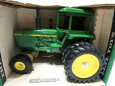 1/16 John Deere 4440 Sound Gard Cab Tractor  ~ In Box