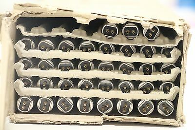 Lot of (35) GE F35-T5-835-WM-ECO Ecolux High Efficiency 3500K Fluorescent Lamp