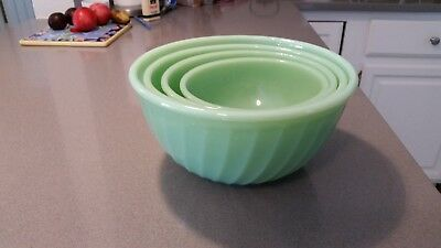 Vintage Anchor Hocking Fire King Jadeite 4-mixing bowls
