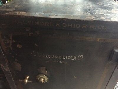 vintage B&O Railroad safe Newark Ohio Depot Barnes Lock Co Pittsburg on casters