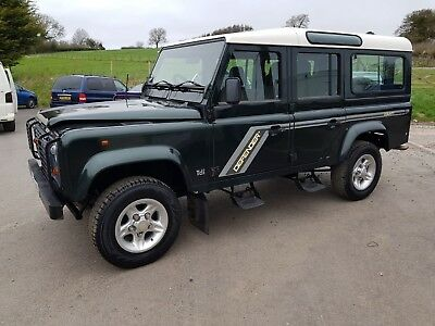 Land Rover Defender 110