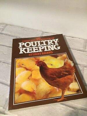 1979 The Complete Handbook of Poultry Keeping Stuart banks