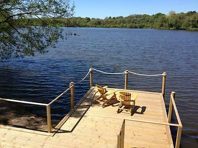 HOLIDAY LAKESIDE LODGE NEAR BLACKPOOL PLEASURE BEACH GOLF free boats,bikes BREAK