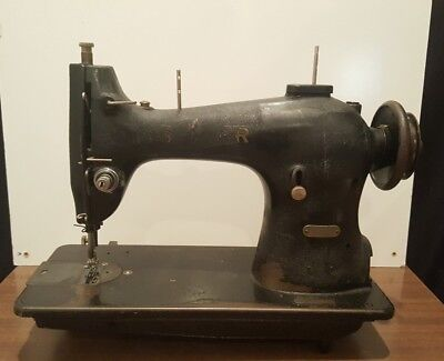 Estate Find Industrial Commercial Singer Sewing Machine