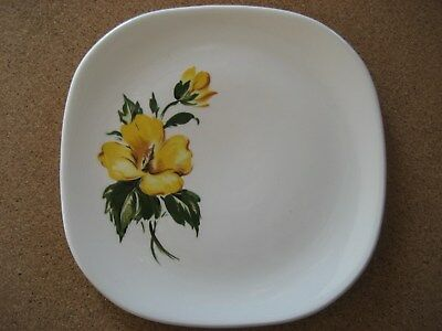 Harmony House Yellow Hibiscus 6 1/2 inch Square Plate