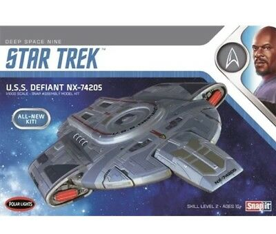 TOP Neuheit! Star Trek U.S.S. DEFIANT NX-74205 Polar LIGHTS POL952
