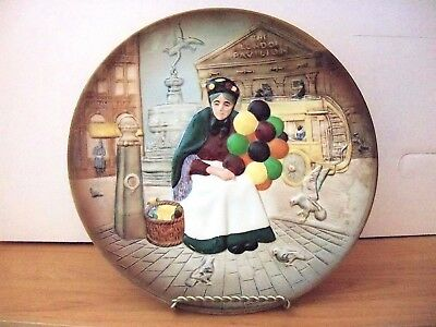 Royal Doulton  THE OLD BALLOON SELLER COLLECTOR PLATE IN RELIEF  OB