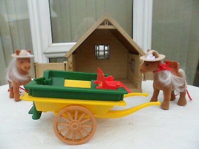 Sylvanian Families  ponies and cart  and stable  LooK!!! No reserve   Lot 1 of 2