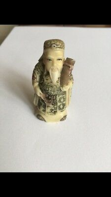 japanese antique netsuke Ivory Colour Man Holding Pipe
