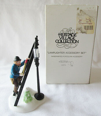 DEPT 56 HERITAGE DICKENS VILLAGE ACCESSORY # 55778 LAMPLIGHTER ACCESSORY SET (a)