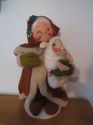 """Annalee Woodland Mrs. Claus with lamb 16"""" tall"""