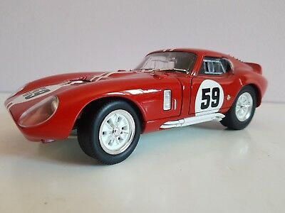 Road Signature 1965 Shelby Daytona Cobra Coupe Red Diecast 1/18 Scale