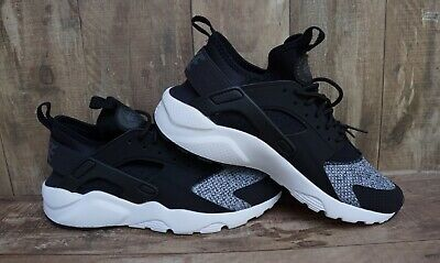 8ee761fdd1df3 AUTHENTIC BRAND NEW Nike Air Huarache Run Ultra GS Shoe Size  7Y ...