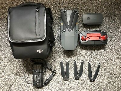 DJI Mavic Pro with extra battery and propeller - Mint condition