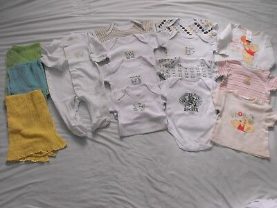 Baby bundle unisex 0-3m/Born to Rock Clothing/Disney/Early Days/muslins