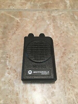 Motorola Minitor V Pager - 151-158.9975 MHz 2 Ch VHF Stored Voice A03KMS9239BC