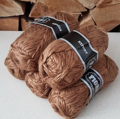 CHUNKY KNITTING YARN Brown twisted super soft textured 500g