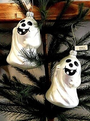 Set of 2  Toothy Grinning Ghost   Blown Glass Halloween Tree Ornaments  Germany