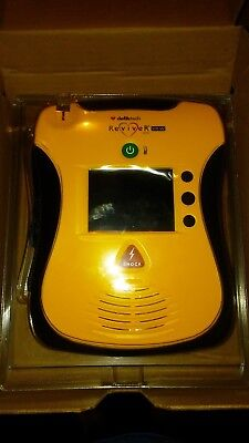 Defibtech Lifeline AED with VIEW NEW NEVER OUT OF PLASTIC!!! Model DCF-C2310EN