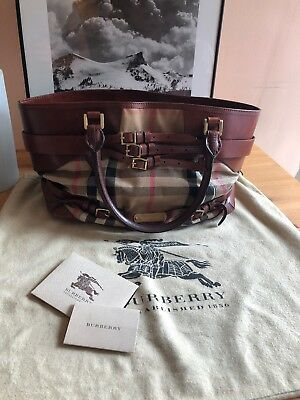 2729bfb1fab BURBERRY BROWN LEATHER Bridle House Check Canvas Lynher Medium Tote ...